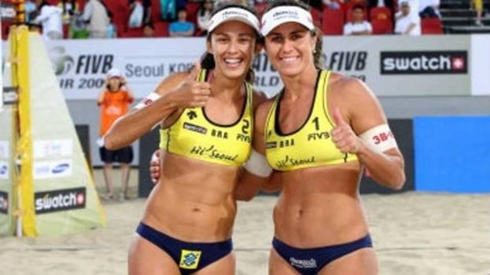 Brasil classifica quatro duplas na chave feminina do Grand Slam do Rio de vôlei de praia