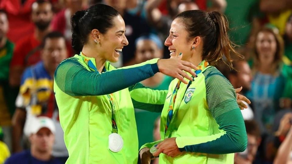 Após prata na Olimpíada, Ágatha e Bárbara encerram parceria