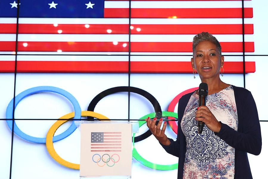 Mais jovem presidente da Associação de Tênis dos EUA, Katrina Adams é a mulher por trás da organização do US Open