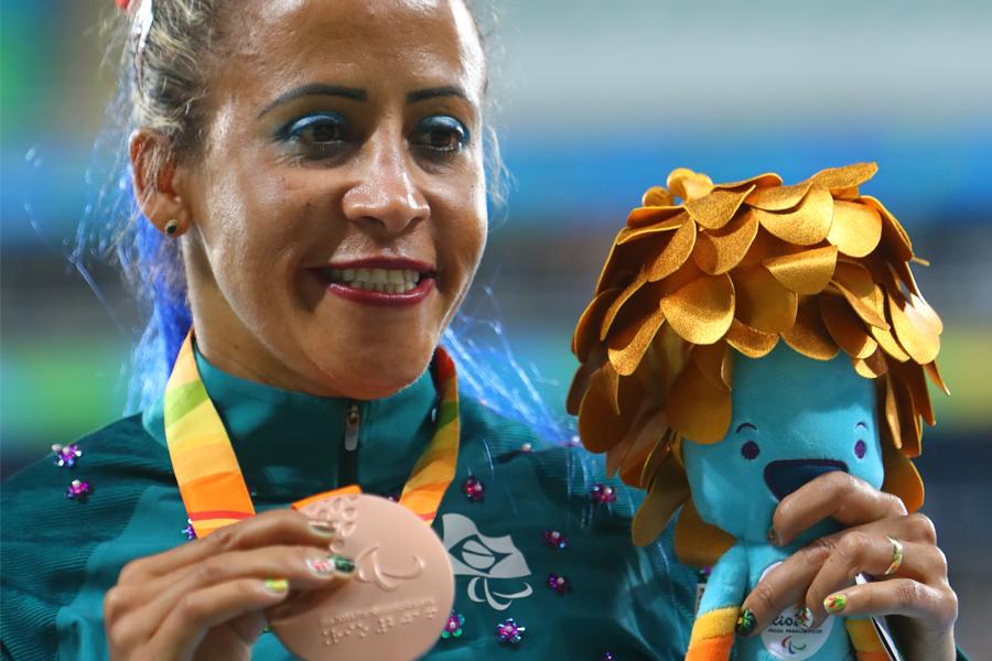 Conheça cinco brasileiras campeãs de medalhas e participações paralímpicas