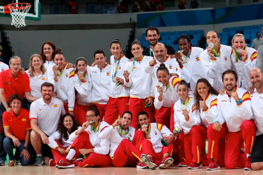Jornal: Clubes espanhóis podem demitir jogadoras que ficarem grávidas