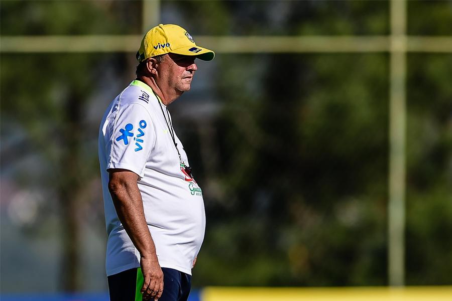 Adeus Vadão: porque as comentaristas aprovaram a saída do ex-treinador da Seleção feminina
