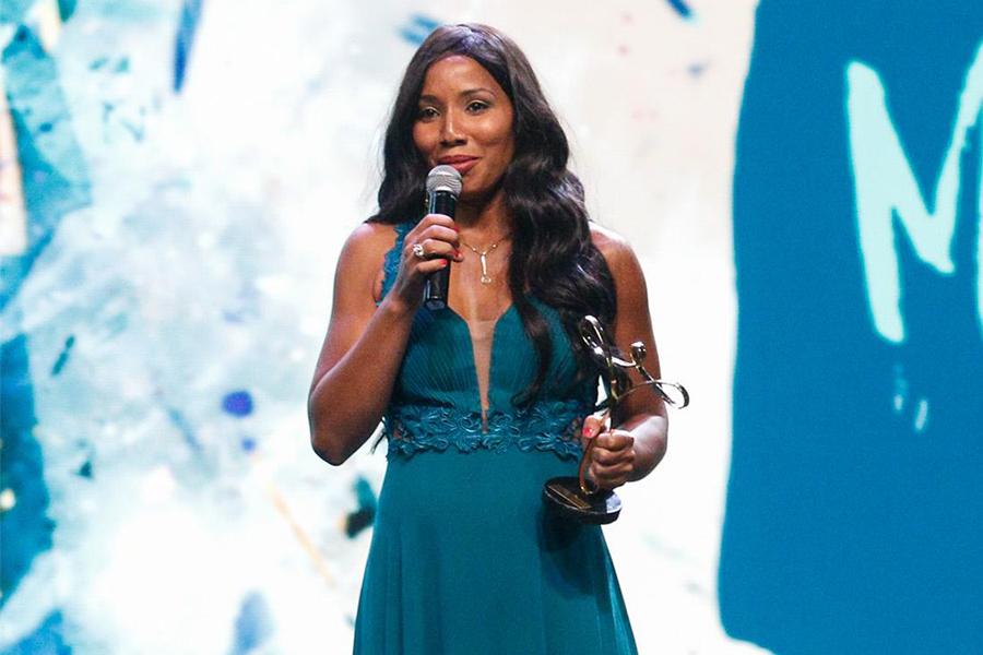 Prêmio Paralímpicos 2016 consagra Silvânia Costa como Atleta do Ano