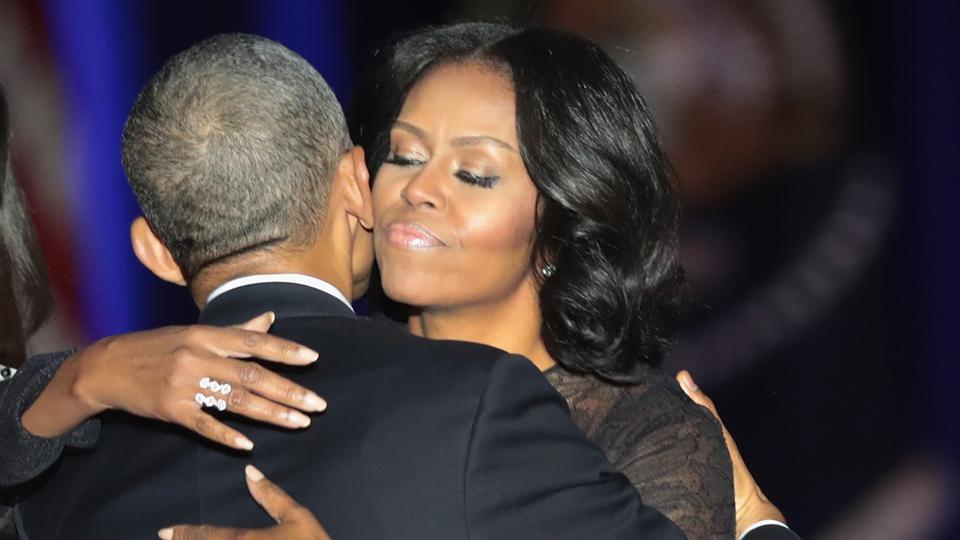 Em sua despedida, Barack Obama se derreteu em elogios a Michelle. Saiba quais os motivos de tanto orgulho