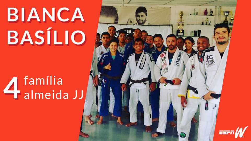 #4 Bia Basílio – Família Almeida JJ