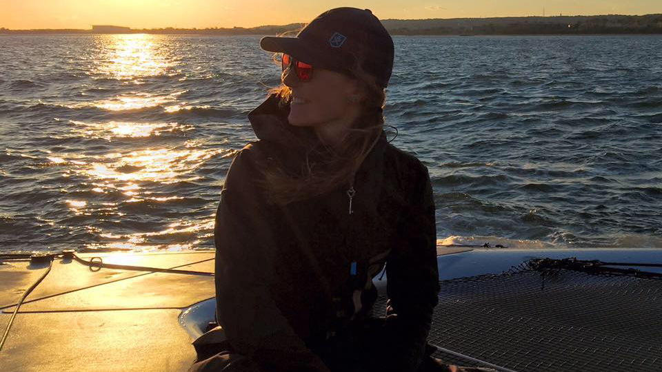 De Nova York para Bermudas, navegadora de primeira viagem em alto mar conta sua aventura a bordo de um catamarã