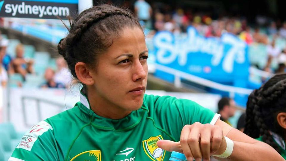 'Quando anotei o try, tive a certeza de que é possível', diz jogadora de rugby que garantiu vitória histórica sobre a Inglaterra