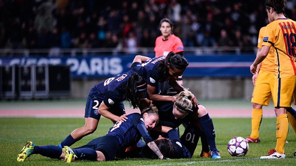 Em 2016, o Barcelona foi eliminado da Champions League feminina pelo PSG, e com gol de brasileira