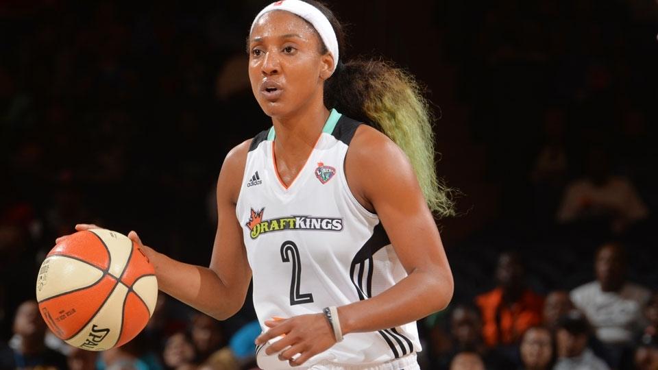 Ex-armadora diz que sofreu bullying na WNBA por ser heterossexual: '98% das jogadoras são gays'