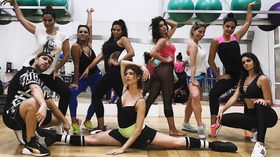Siga os passos do Dance Clip e seja Beyoncé, Anitta, Lady Gaga ou qualquer estrela que você quiser