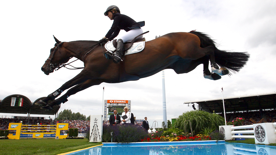 Seja na equitação ou na luta por direitos de atletas grávidas, Meredith Michaels-Beerbaum é uma pioneira