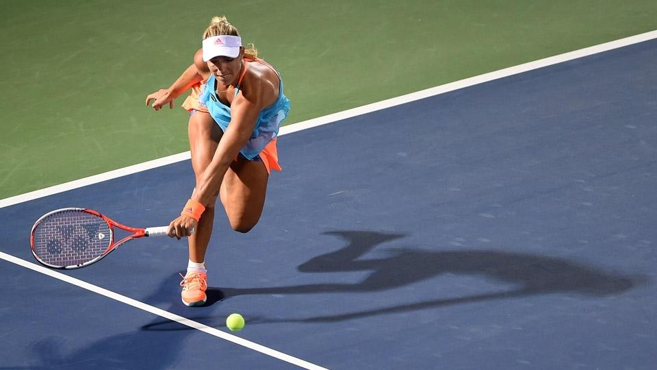 Kerber cai na semi em Dubai e perde chance de retomar liderança do ranking