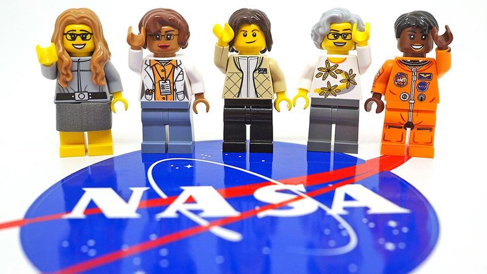 História de brinquedo: Lego homenageia mulheres da NASA em novo kit de montar