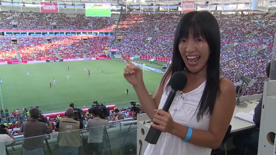 'Eu tinha que vir para cá, morar aqui e respirar o mesmo ar que eles', diz jornalista japonesa que cobre Seleção Brasileira