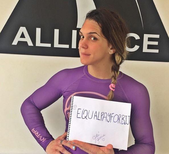 Gabi Garcia também apoia o movimento. (Instagram: @equalpayforbjj).