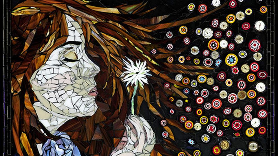 Toda mulher é um mosaico formado por outras mulheres
