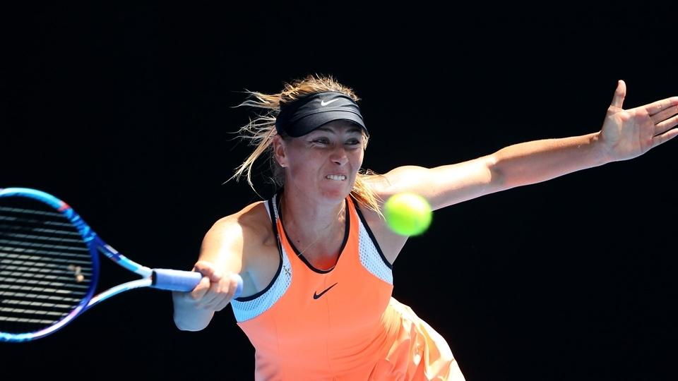 WTA diz que Sharapova pode receber convites e jogar a partir de 26 de abril