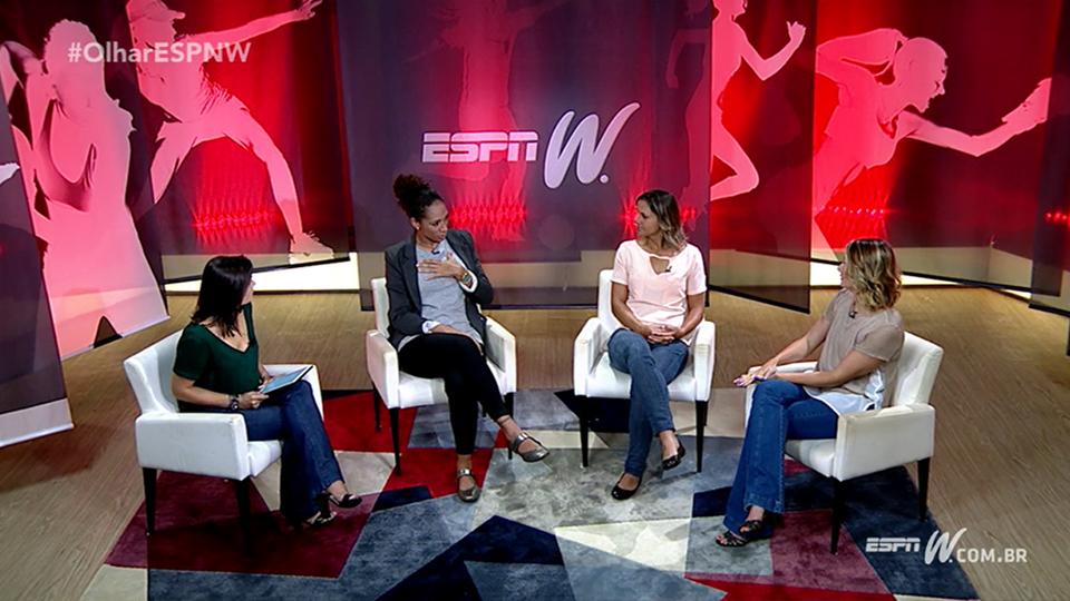Aline Pellegrino e Juliana Cabral colocam o futebol feminino no foco do Olhar espnW desta semana