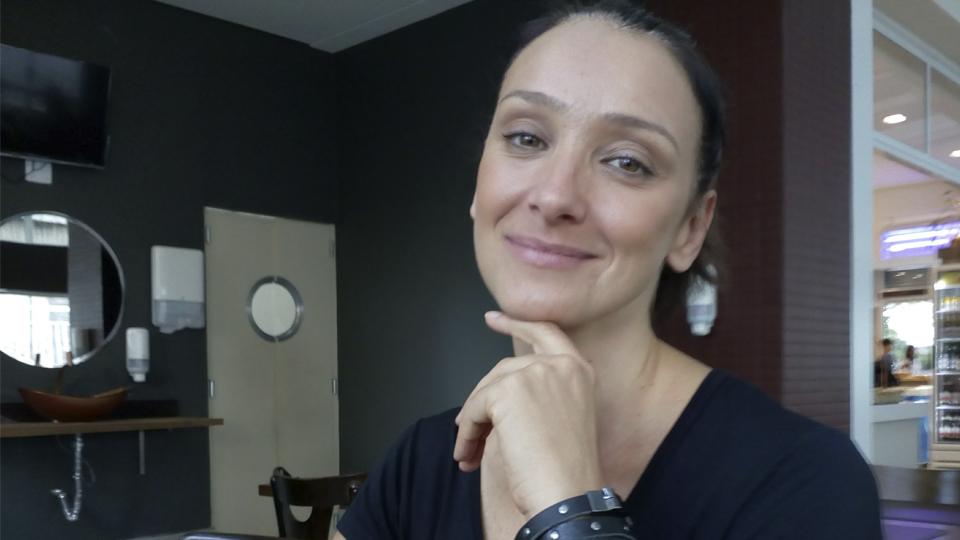 Renascida após curar câncer de mama, Sabrina Parlatore conta sobre sua luta para conscientizar mais mulheres