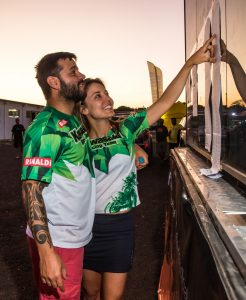 Moara acompanhada por seu marido Rodolfo no Sertões 2015 (Ricardo Leizer)