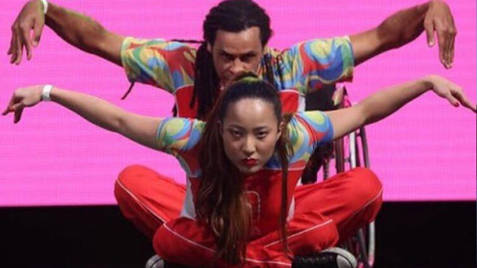 Julie Nakayama fez da dança uma expressão de liberdade e de luta por inclusão de portadores de necessidades especiais