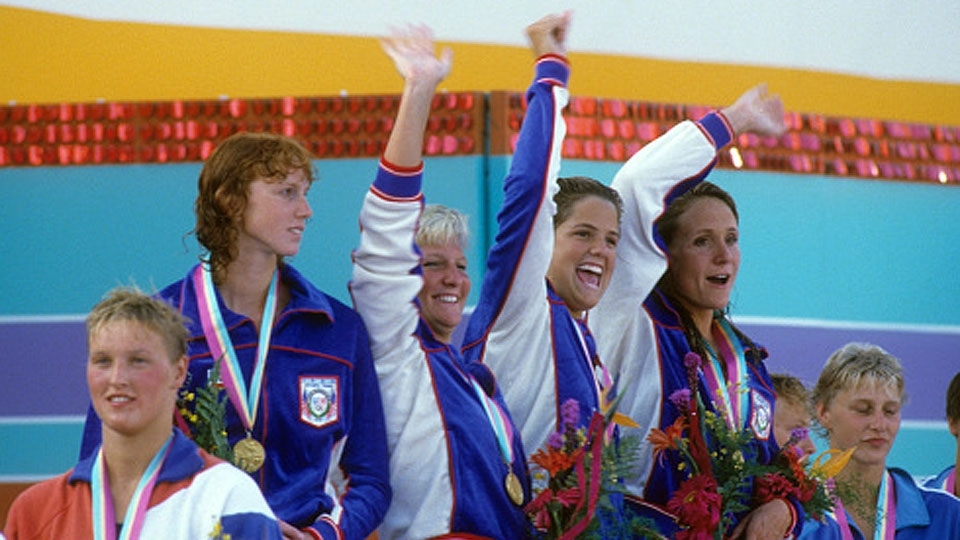 'Idade é só um número': conheça a nadadora dona de 12 medalhas olímpicas, as últimas aos 41 anos