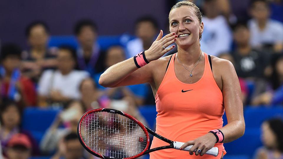 Ferida durante assalto em dezembro, tenista Petra Kvitova afirma fazer 'tudo o que é possível' para disputar Roland Garros