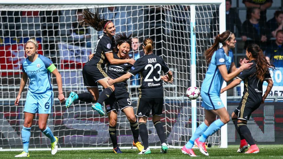 Lyon surpreende Manchester City e fica mais perto da decisão da Champions League feminina