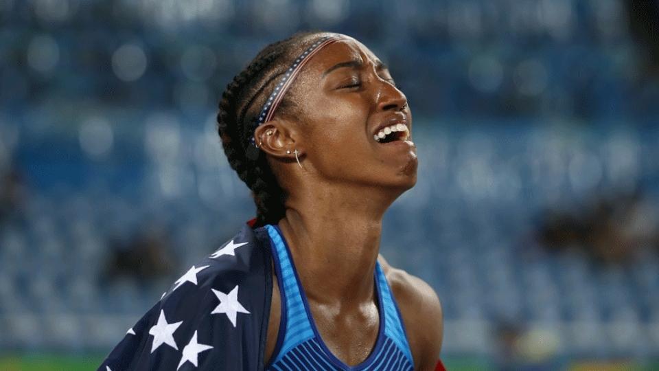 Norte-americana campeã na Rio 2016 recebe punição de um ano