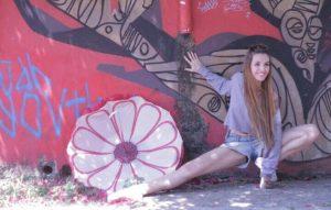 Vivi Godoy ministra aulas na Casa de Dança Tati Sanchis e é personal de ballet (Arquivo Pessoal)