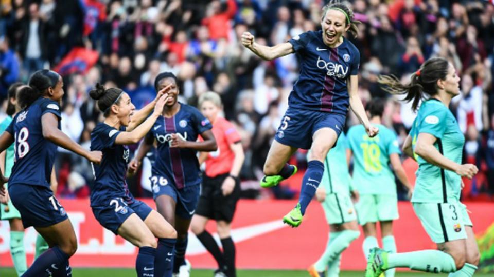 Paris Saint-Germain vence o Barcelona de novo e garante vaga na decisão da Champions League feminina