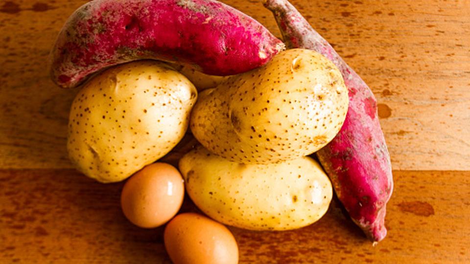 'Não dá para viver só de batata doce e frango', diz nutricionista sobre alimentação de quem deseja ganhar massa muscular