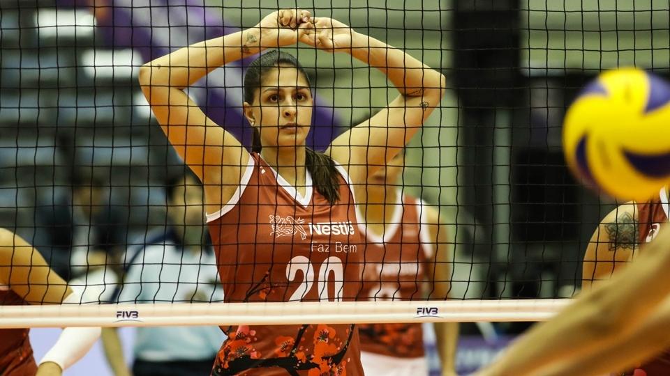 Osasco perde no Mundial Feminino e coloca classificação em risco