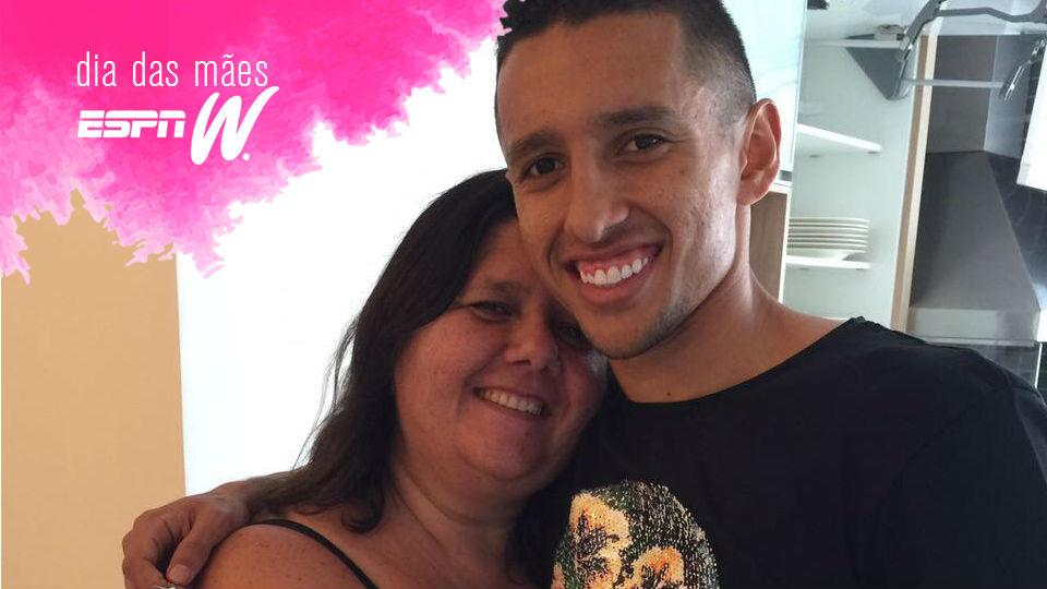 Mãe do zagueiro Marquinhos fala sobre a paixão por futebol que atravessa gerações na família e manda recado para o filho