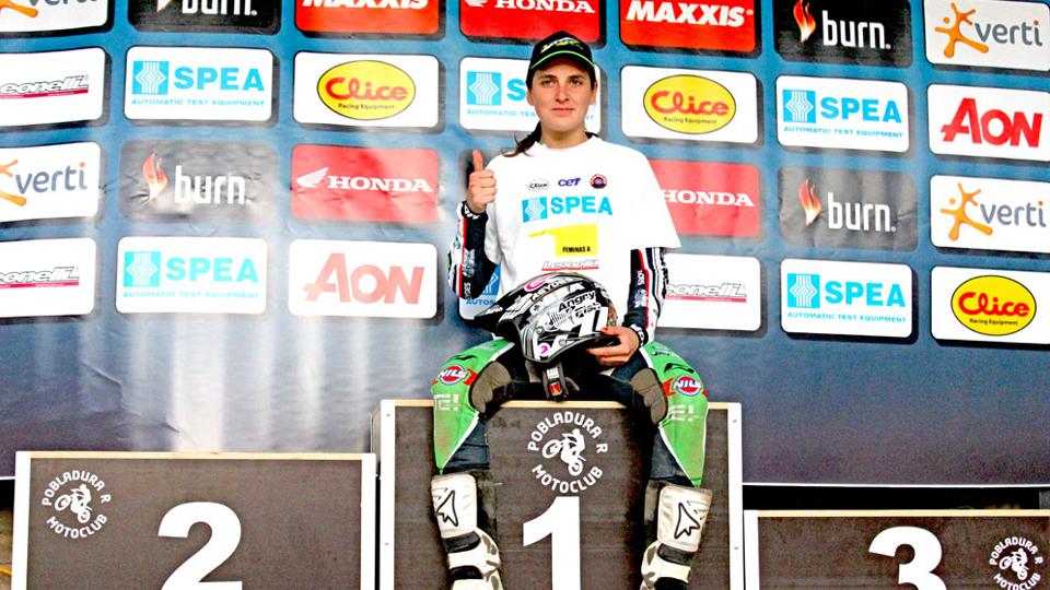 'Ser a única mulher no Hard Enduro pode servir de exemplo para outras meninas', diz motociclista Sandra Gómez