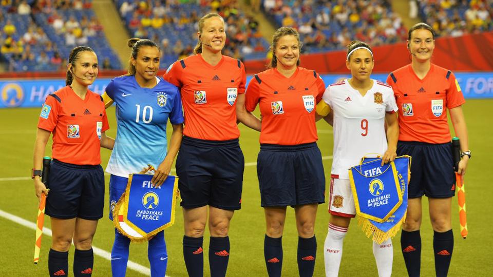 Com Marta, sem Cristiane e apenas uma estreante, Emily Lima convoca Seleção Brasileira para amistosos em junho
