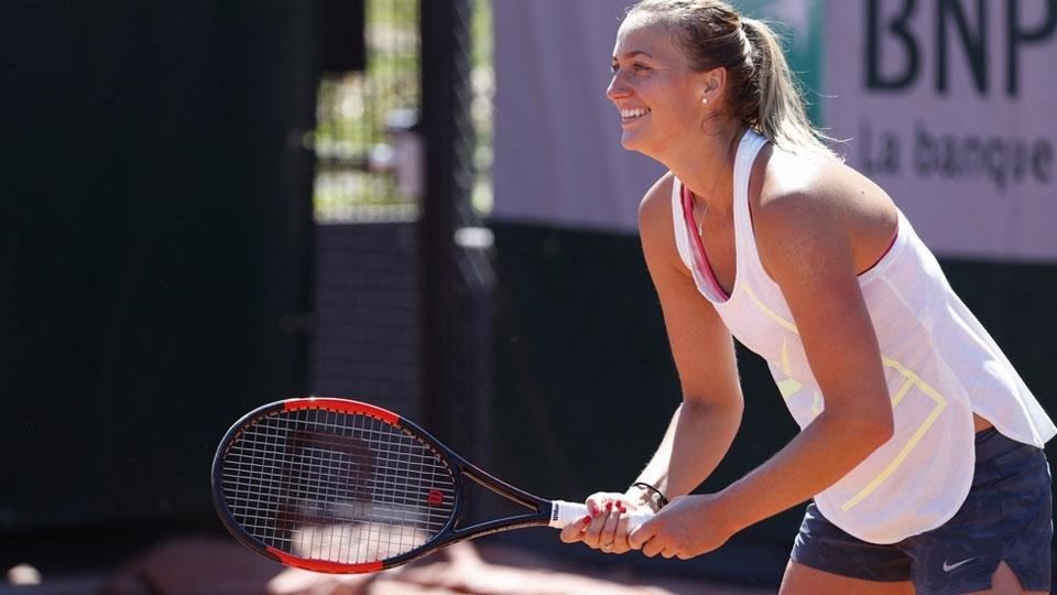 Após ter mão esfaqueada, Kvitova disputará Roland Garros e revela drama para voltar a jogar tênis