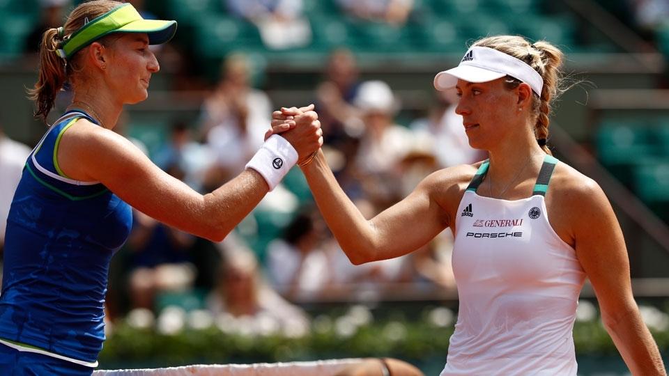 Kerber decepciona e é primeira líder do ranking a cair logo na estreia em Roland Garros