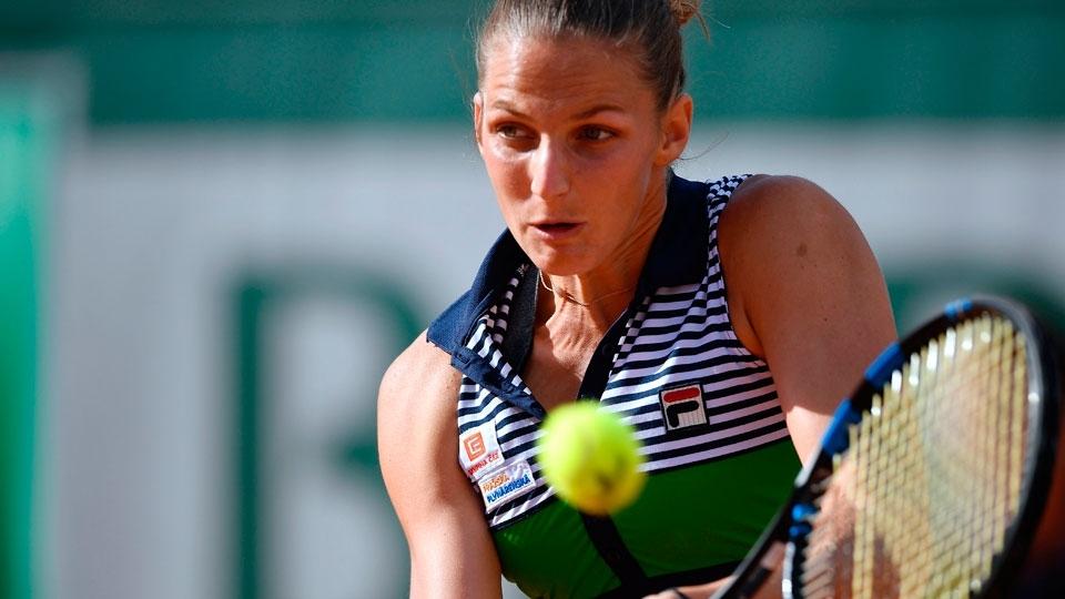 Pliskova sofre, mas vence paraguaia sensação e fica a duas vitórias de ser número 1 do mundo