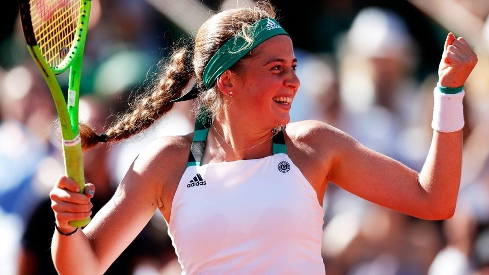 Ela nasceu no dia do 1º título de Guga em Roland Garros; 20 anos depois, decide o torneio