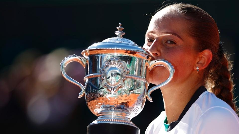 Empolgada com o título, Jelena Ostapenko fala em conquistar todos os Grand Slams