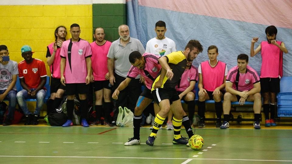 Sem apoio de Dória, jogos LGBT reúnem 400 atletas no Ibirapuera