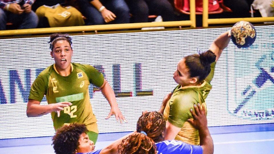 Seleção brasileira goleia Porto Rico e avança invicta no Pan