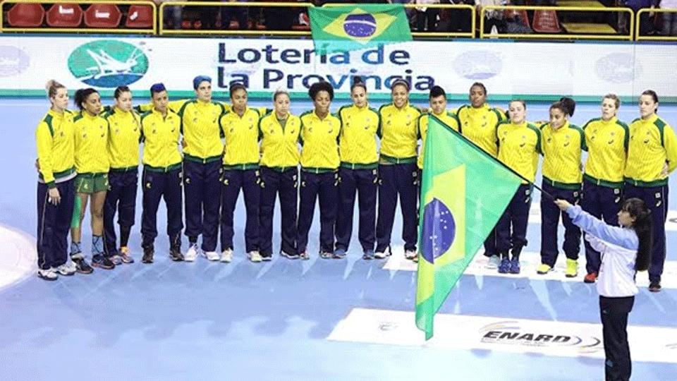 Seleção de handebol vence Argentina e garante décimo título de Pan