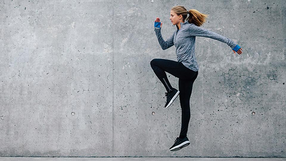 Confira cinco exercícios de mobilidade para fazer antes de correr