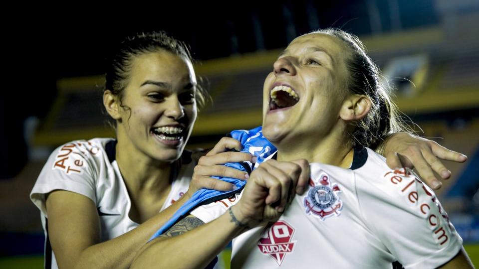 Brasileirão feminino terá clássico paulista na decisão