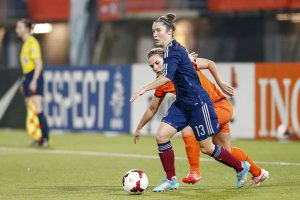 (L-R) Siri Worm of Holland, Jane Ross of Scotland during the Worldcup play-off qualification match between Holland and Scotland at the Sparta stadium the Castle on October 30, 2014 in Rotterdam, The Netherlands(Photo by VI Images via Getty Images)