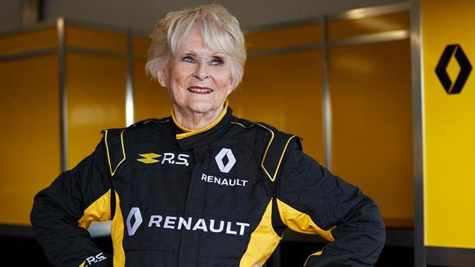 Prestes a completar 80 anos, Rosemary Smith mostrou que o amor pela velocidade não tem idade