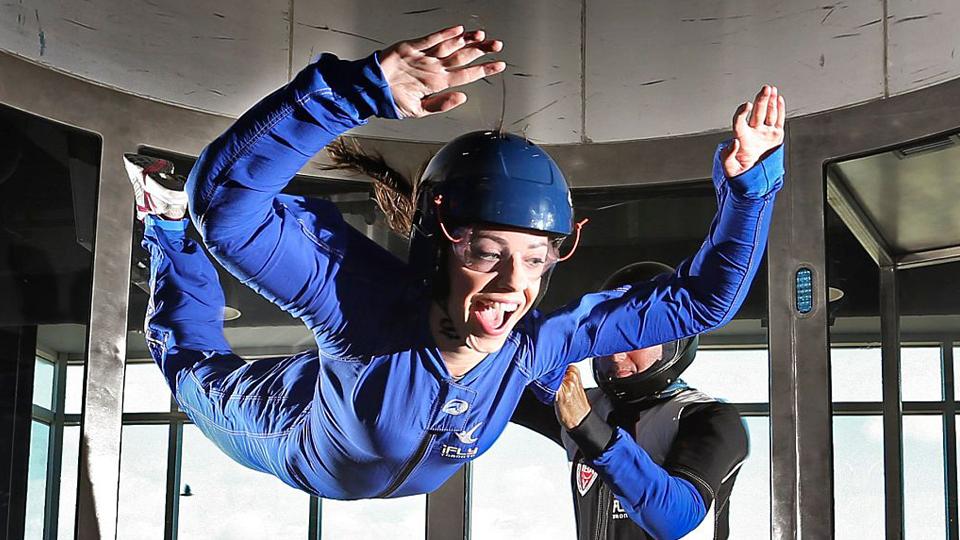 Dica de esporte: conheça o Paraquedismo Indoor e voe sem precisar entrar em uma aeronave
