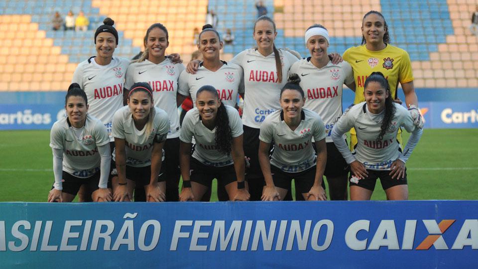 Corinthians não pagou sua parte em time feminino vice brasileiro, e dono do Audax, comovido, bancou salários